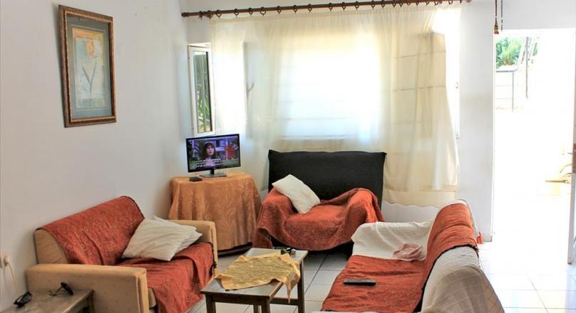 Кому просторную квартиру в Ретимно рядом с пляжем?