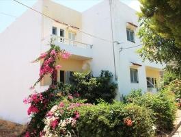 Квартира в курортном поселке Крита